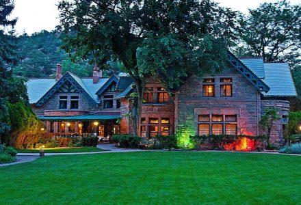 Briarhurst Manor Estate