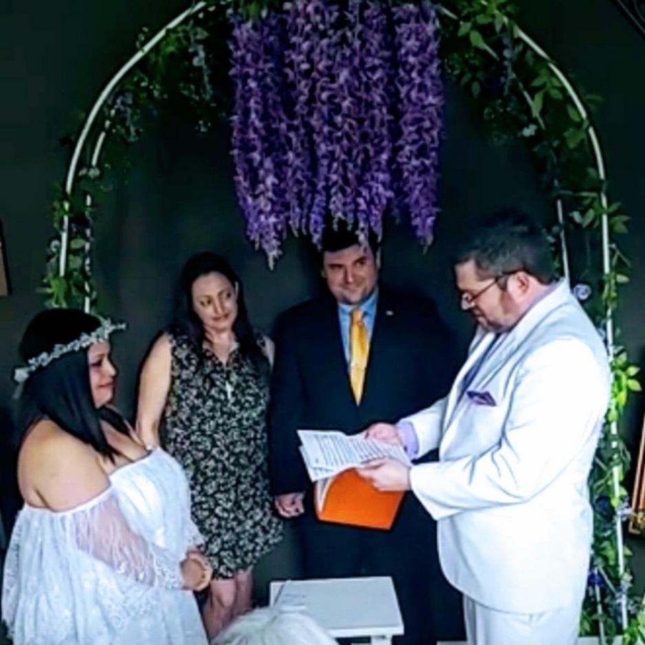 Lauren Rose Wedding Officiant