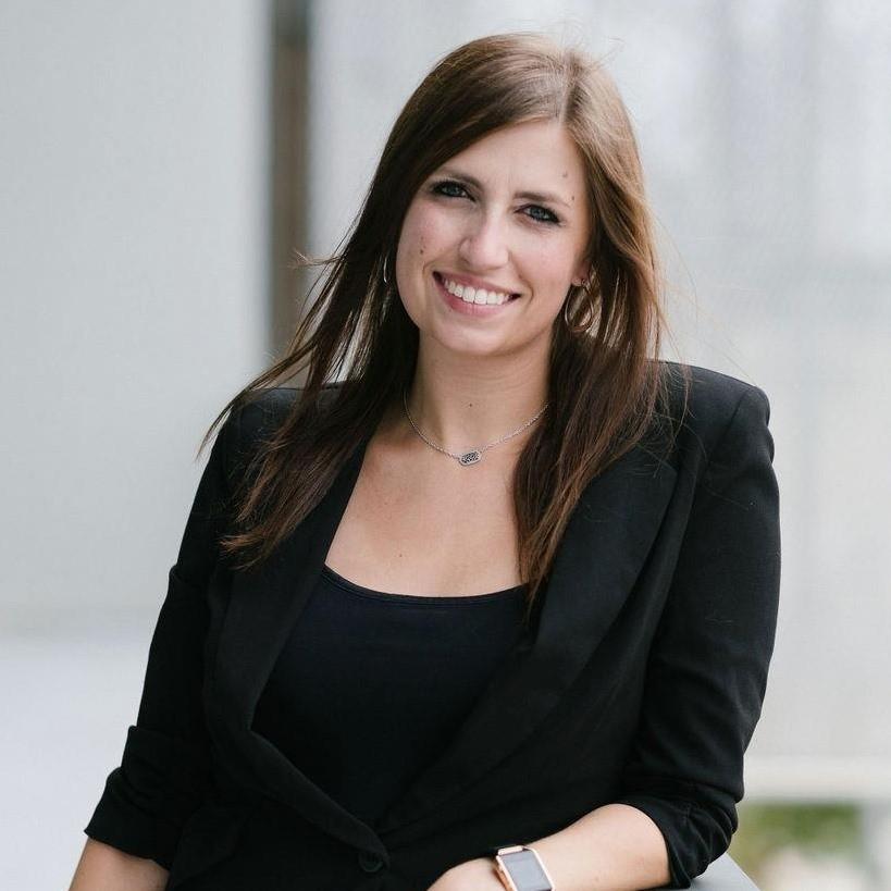 10 Questions with Lauren Scullion