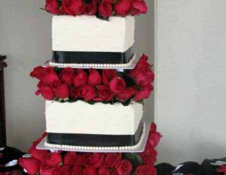 Bella Cakes By Thena