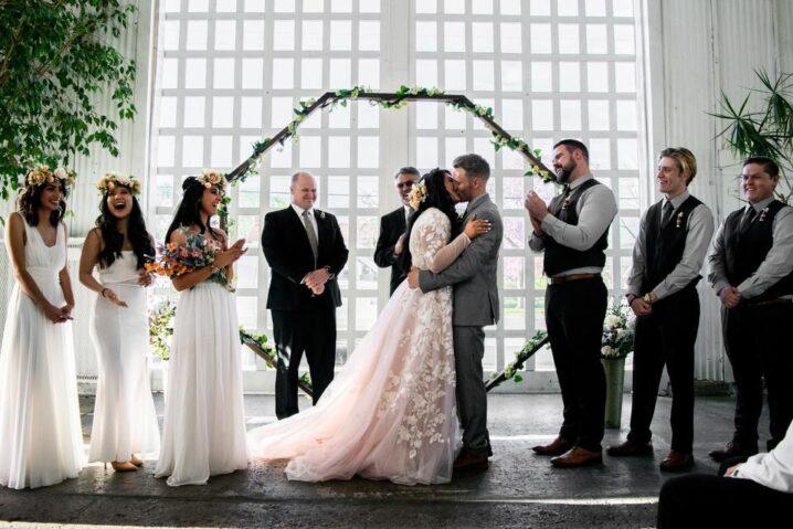 Sacramento's Top 25 Awesome Wedding Photographers (2021)