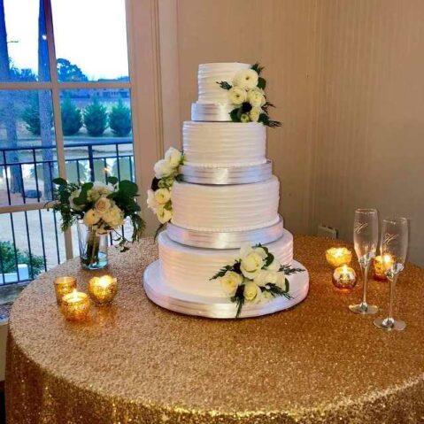 Classic Cheesecakes & Cakes